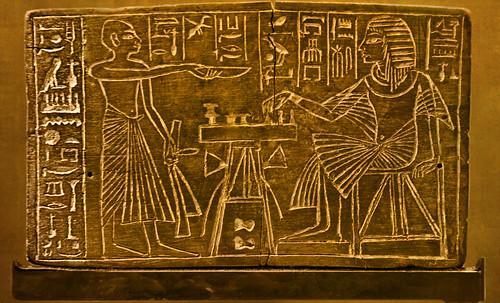 "Senet - Lujoso sistema de objetos lúdicos obsequio del dios Toht a la faraona Nefertari • <a style=""font-size:0.8em;"" href=""http://www.flickr.com/photos/30735181@N00/32481167446/"" target=""_blank"">View on Flickr</a>"