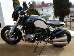 20170218_131338 (downwardvd) Tags: bmw rninet r9t caferacer