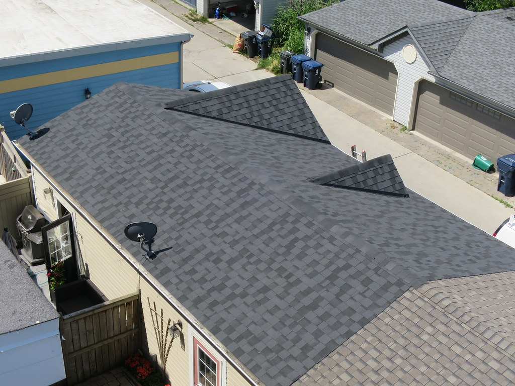 BP Mystique Asphalt Shingle Installation, Toronto Roofing (TORONTO ROOFING.ca)  Tags: