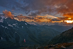Alpine sunset on the Massif of Mont Blanc and on Mont Vlon (Switzerland) a. No. 3437. (Izakigur) Tags: sunset switzerland red wallis valais schweiz suisse romandie swiss france montblanc hiking twilighttime coucherdesoleil izakigur flickr lepetitprince cas topf25 topf300 svizzera suiza  sua europe europa ilpiccoloprincipe thelittleprince izakigur2014 schwyz nikon nikkor d700 izakigurd700 dieschweiz helvetia feel musictomyeyes liberty