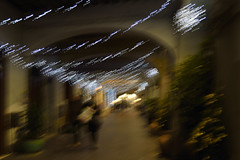 (anna barabesi) Tags: christmas shopping icm intentionalcameramovement people street streetphotography mosso