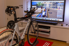Rollentraining mit Zwift auf Canyon-Bike (wuestenigel) Tags: app zwift fahrrad fernseher badweathertraining rollentrainer lcd hometraining labrador indoorcycling television training elite bikes triathlon canyon sports tv wheel rad vehicle fahrzeug noperson indoors drinnen bike transportationsystem competition wettbewerb business geschäft travel reise exhibition ausstellung action aktion seat sitz cyclist radfahrer race rennen people menschen one eins recreation erholung furniture möbel technology technologie daylight tageslicht
