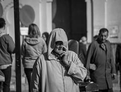 Para la veleta siempre soplan malos vientos (amoguan) Tags: fez maroco marruecos morroco black blackandwhite portrait retrato