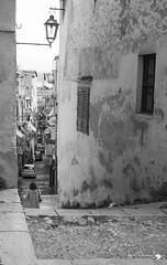 _MG_6697 (defolletz) Tags: italia italy sicilia terminiimprese termini cefalù città city blackandwhite bn bw mare sea spiaggia beach quartieriquartieristorici scorci