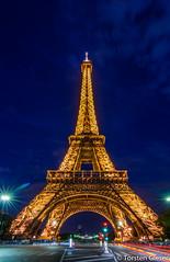 Paris_Tour-Eiffel_l´heure-bleu_25042007_2 (giesen.torsten) Tags: paris seine latoureiffel eiffelturm blauestunde nikon nikond200 tokinaaf1224mmf4
