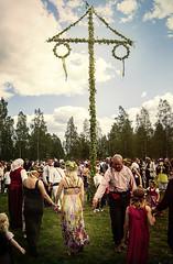 Midsommar (Yverboren) Tags: summer midsummer sweden traditional sverige tradition midsommar sommar boden majstng midsommarstng norrbotten hgtid