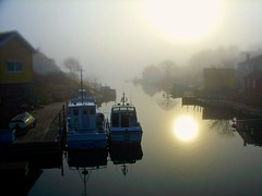 Grundsund, Sweden... (iEagle2) Tags: autumn sun fog boats sweden channel bohusln grundsund swedishwestcoast