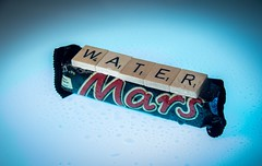 193/365 - Water On Mars (RookieTom) Tags: mars water canon studio sweet chocolate flash sunday july scrabble 365 efs1785mmf456isusm tabletop playonwords marsbar day193 2015 wateronmars project365 strobist efslens strobism 193365 yongnuo speedlite430exii eos60d project3652015 rookietom 3652015 tomoskay speedliteyn560iv 12thjuly2015