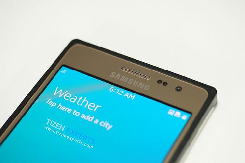 "Samsung-Z3-Developer-Device-TM1-Tizen-Experts-12 • <a style=""font-size:0.8em;"" href=""http://www.flickr.com/photos/108840277@N03/20112035329/"" target=""_blank"">View on Flickr</a>"