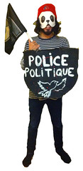 "Fraternité contre la police politique <a style=""margin-left:10px; font-size:0.8em;"" href=""http://www.flickr.com/photos/78655115@N05/31395564172/"" target=""_blank"">@flickr</a>"
