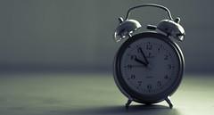 Slaying dreams (Xeviphotorider) Tags: clock dream time reloj tiempo sueño