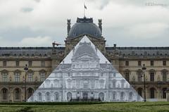 View of Trompe l'oeil (eutouring) Tags: paris france louvre louvremuseum museum jr pyramid louvrepyramid trompeloeil