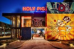 nha-hang-container-sieu-khung-holy-pig-xuat-hien-tai-hop-cocobay-da-nang-2 (khanhvi2725) Tags: containner văn phòng kho lạnh mua bán cũ giá rẻ tphcm