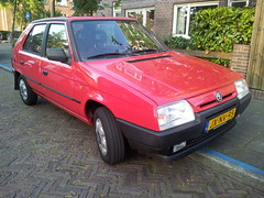 My new transport: 1995 Škoda Favorit GLXi (Skitmeister) Tags: skoda jxnv95 skitmeister škoda favorit czech
