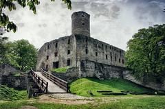 ya rayah (Smo_Q) Tags: castle poland lipowiec pentaxk5