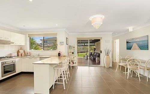 13 Yarra Place, Wadalba NSW 2259