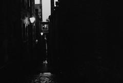 hc svnt dracones (vfrgk) Tags: alley backalley dusk streetlamps lightson lightandshadows streetphotography streetscene streetsnap lowlight film 35mm dark night kodakretinette monochrome blackandwhite bw creepy secluded seclusion moody gloomy analog mono gritty grittyalley narrow noir filmnoir street dramatic cinematic edinburghclose streetlamp edinburgh close royalmile darkmood atmospheric dreary bw35mm
