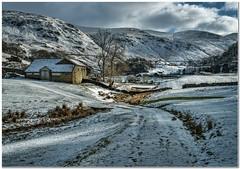 Shoulthwaite Gill (Hugh Stanton) Tags: track barn valley hills appicoftheweek