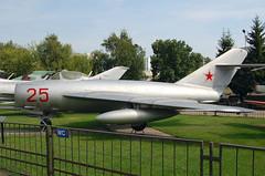25 Red Mikoyan Mig-17F (johnyates2011) Tags: 25red mig mikoyan mikoyanmig17 mig17 moscow
