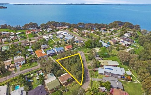 11 Bayview Avenue, Rocky Point NSW