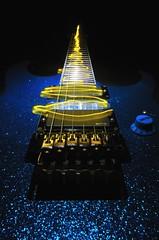 Ibanez Hearthquake (lukhellas) Tags: chitarra ibanez hearthquake terremoto scossa elettricità musica music metal heavy guitar led painting light blue yellow glitter brillantini