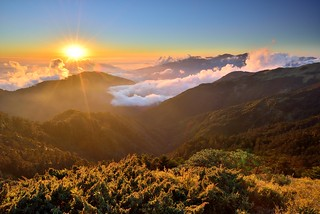 Sunset , Mountain Hehuan 夕照合歡