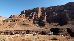 Private Landing Area (Prayitno / Thank you for (12 millions +) view) Tags: konomark heli helicopter tour wind dancer picnic table private landing west grand canyon spectacular view world amazing wonder natural beauty az arizona maverickhelicopter outdoor sunny blue sky day time