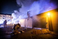 lmh-grefsenveien010 (oslobrannogredning) Tags: bygningsbrann brann røykdykker røykdykkere