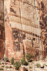 Two to Better Heights _2988 (hkoons) Tags: cliff usa sport rock utah athletic rocks unitedstates climbing canyonlands np nationalparkservice theneedles