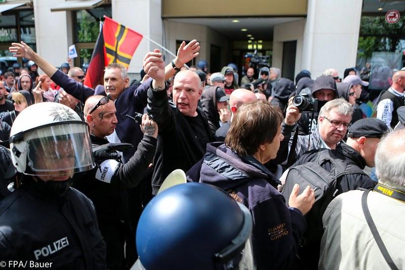 Widerstand Ost-West Frankfurt 16