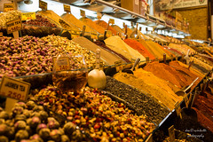 spice market (Axel Ku.) Tags: vacation travelling colors 35mm turkey europa europe tea urlaub istanbul trkei spices tee reise gewrze primelens canonef35mmf20 canoneos5dmarkiii