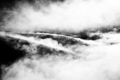 Madrigal (Mr. Tambourine) Tags: bw fog landscape nebbia paesaggio umbria castelluccio