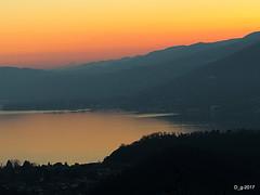 dal PICUZ (Sangiano Va ) (papamillo) Tags: lesa monviso picuz sangiano tramonto nikon papamillo prealpi paesaggi panorama panoramica allaperto colori coolpixp520 d inverno w italy italia bellitalia