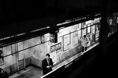 Day 350/366 : JR Sugamo Station (#20/29) (hidesax) Tags: 350366 jrsugamostation sugamo station jr night salaryman gentleman woman platform wire toshimaku tokyo japan hidesax sony a7ii leica summicronm 50mm f2 366project2016 366project 365project
