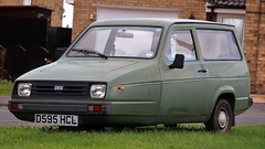 D595 HCL (Nivek.Old.Gold) Tags: 1986 reliant rialto van 848cc grays thrapston
