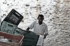 (Mônica Flávia) Tags: feira caixotes trabalho sertão