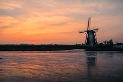 Kinderijk Holland (marleen.kuijpers) Tags: kinderdijk holland canon100d canon sunset iceskating skating ice winter freezing sunny