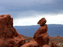 The Balancing Rock, valley of fire (tricky (rick harrison)) Tags: valley fire las vegas valleyoffire sandstone rocks rock formations red desert mohave balance balancingrock