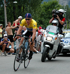 Lance Armstrong at the base of Alpe D'Huez (eugene) Tags: 2004 tourdefrance uspostal lance armstrong yellow jersey cycling bike alpe dhuez time trial