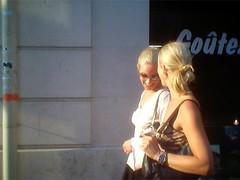 Gotez... ([phil h]) Tags: life city friends summer people urban paris france topv111 sisters 1025fav laughing interestingness interesting topv555 topv333 500plus kodak blondes topv1111 topv999 topv444 swedish topv222 blond blonde laughter topv777 topv666 topv888 goter canicule ez200 kodakez200