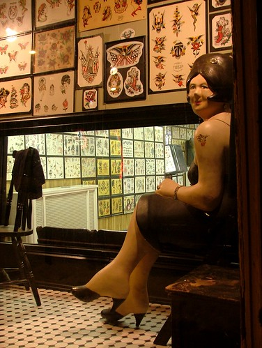 USA Tattoo Parlor. Diposkan oleh We All Desire di 5:58 AM
