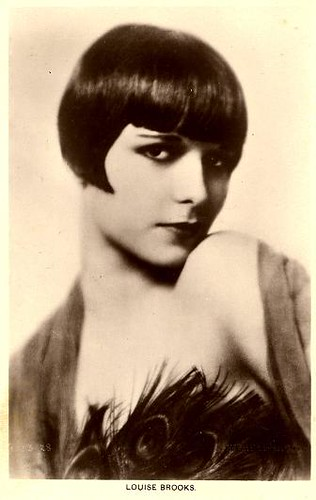 an analysis of the louise brooks and the flapper era