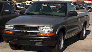 gold 2003 chevy s10 pickup truck