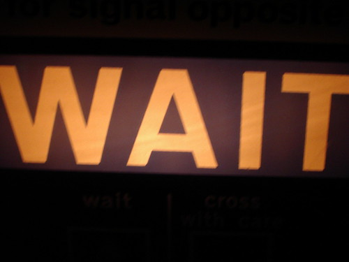 Wait traffic light sign
