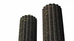 Corn on the Cob (aqui-ali) Tags: usa chicago topf25 saveme4 skyscrapers deleteme10 towers fv5 utata wilco yankeehotelfoxtrot corncob bloggedaa aquiali:a=1