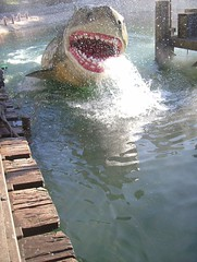 Generic Universal Studios Picture: Jaws (dogwelder) Tags: 2005 california shark august hollywood jaws amusementpark zurbulon6 universalstudios themepark zurbulon gatturphy