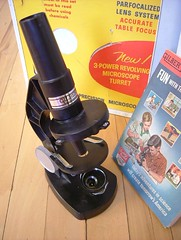 Gilbert microscope