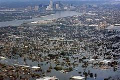 LA-NO-city-flood-APPhoto-DavidJPhillip (wlpendley) Tags: us flood hurricane hurricanekatrina 2005 yahoonews neworleans louisiana mississippi