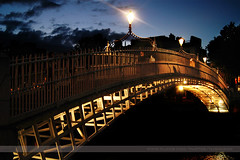 Ha'penny Bridge, Dublin, Ireland (Seven Seconds Before Sunrise) Tags: travel bridge ireland urban dublin water clouds europe nightscape eire liffey hapenny hapennybridge
