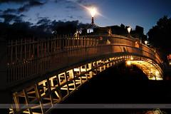 Ha'penny Bridge, Dublin, Ireland (Seven Seconds Before Sunrise) Tags: travel bridge ireland urban dublin water clouds europe nightscape eire liffey hapenny hapennybridge